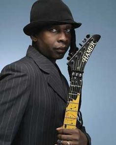 Vernon Reid. One of the best guitarists on the planet. Best Guitarist, Guitar Picks, Vernon, Pop Music, Music Bands, Guitar Players, People, Inspiration, Men