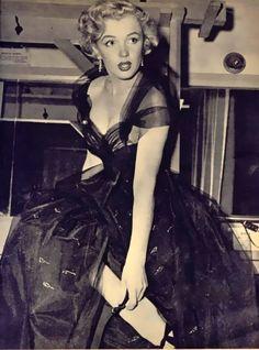 Marilyn Monroe, 1951 Oscar Presenter