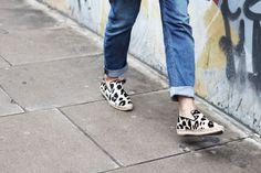 Celine leopard espadrilles   THEFASHIONGUITAR