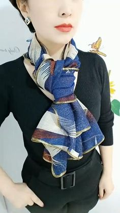 Ways To Tie Scarves, Ways To Wear A Scarf, How To Wear Scarves, Scarf Wearing Styles, Scarf Styles, Scarf Knots, Diy Scarf, Mode Outfits, Casual Outfits
