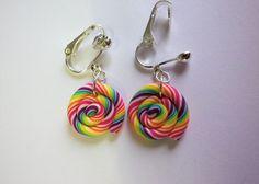 Rainbow Loom Earrings, Christmas Log, Kawaii Halloween, Halloween Earrings, Handmade Items, Handmade Gifts, Clip, Halloween Themes, Ear Piercings