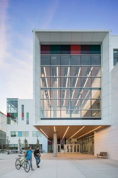 Diamond Schmitt adds pops of colour to facades of Vancouver art school