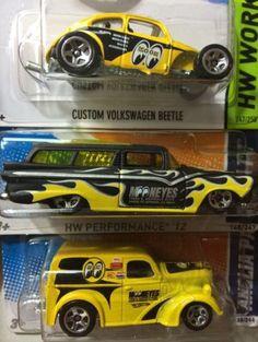 Hot Wheels Mooneyes Custom Volkswagen Beetle + Mooneyes Anglia Truck + 8 Crate
