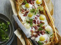 Eat Stop Eat To Loss Weight - Tarte aux oeufs et au bacon Plus - In Just One Day This Simple Strategy Frees You From Complicated Diet Rules - And Eliminates Rebound Weight Gain Tart Recipes, Egg Recipes, Snack Recipes, Egg And Bacon Pie, Bacon Egg, Healthy Snacks, Healthy Recipes, Egg Tart, Stop Eating