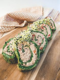 Rolled ham and smoked salmon - Clean Eating Snacks Quick Recipes, Easy Healthy Recipes, Real Food Recipes, Good Food, Yummy Food, Food Crush, Fish And Seafood, Clean Eating Snacks, Food Videos