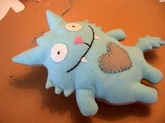 Easy plush toy that can be sewn by hand if you're cheap like me!