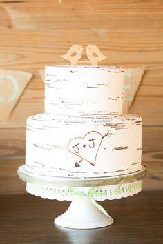 Photography by Amalie Orrange www.amalieorrangephotography.com   Cross Creek ranch wedding  Love bird wedding cake Wedding cake with wooden birds Tree cake