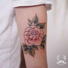 "4,378 curtidas, 6 comentários - Reindeer Ink Zihwa (@zihwa_tattooer) no Instagram: ""Reindeer Ink artist @happytattooer and @happy.flower.ink will be guesting in HongKong !! from…"""