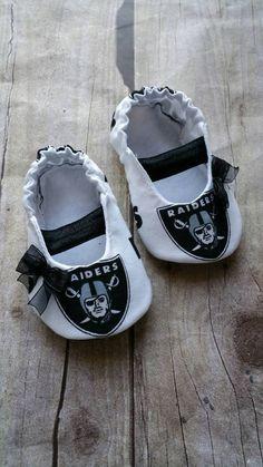 Oakland Raiders Baby Maryjane Booties by saluna on Etsy Raiders Stuff 108cdba7d
