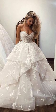 24 Lace Ball Gown Wedding Dresses You Love - Bridal Gown .- 24 Spitze Ballkleid Brautkleider, die Sie lieben – Brautkleid – New Ideas – wedding dress 24 Lace Ball Gown Wedding Dresses You Love Wedding Dress New Ideas - Wedding Dress Trends, Best Wedding Dresses, Wedding Lace, Mermaid Wedding, Backless Wedding, Wedding Ideas, Cinderella Wedding Dresses, Ball Gown Wedding, Winter Wedding Dress Ballgown