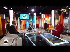 """Comment vivre? Matthieu Ricard, Alexandre Jollien et Christophe André échangent sur leurs questionnements, leurs efforts, leurs aspirations dans """"Trois amis ..."""