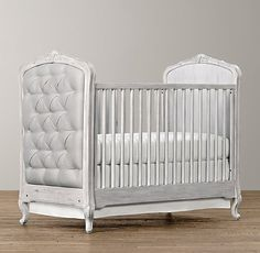 Colette Tufted Crib