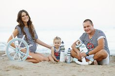 family photography idea | Flickr - Photo Sharing! Family Photography, Children, Beach, Decor, Young Children, Boys, Decoration, The Beach, Family Photos