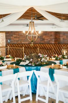 Sip, Savor & Style is on the blog! Check out how we transformed this Event Center space into a beautiful Spring dream!