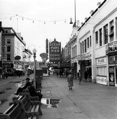 'Rare' Ansel Adams Photos of Los Angeles in 1940