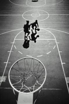http://www.gettyimages.com/detail/photo/two-men-playing-basketball-elevated-view-high-res-stock-photography/859630-002 Two Men Playing Basketball Elevated View Stock Photo 859630-002