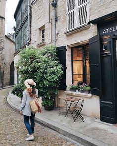 Passing by pretty French cafes in Avignon French Cafe, Vienna, France, Pretty, Instagram Posts, Photography, Cafes, Fotografie, Fotografia