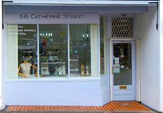 It's that time of year again!  We'll be popping up in Frome with Tania Covo in her beautiful gallery at No. 58 Catherine Street THIS SUNDAY - 3rd December from 10am - 4pm. Join us for mulled wine, mince pies and lovely, lovely things. The streets will be full to bursting with treasure.