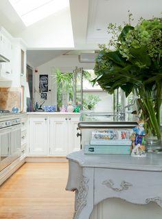 cozinha com clarabóia