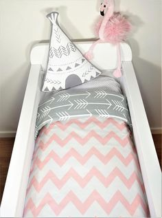 Bassinet gift package OR bassinet quilt Blush chevron with