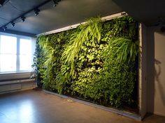 art installation vertikalen garten als architekturelement