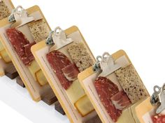 Instead of the typical charcuterie platter, Pinch Food Design uses small clipboards and parchment paper to serve individual pre-portioned combinations of meat and cheese. Meat Appetizers, Thanksgiving Appetizers, Appetizers For Party, Thanksgiving Recipes, Appetizer Recipes, Snack Recipes, Meat Cheese Platters, Meat And Cheese, Food Platters