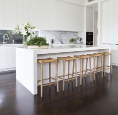 New Kitchen Marble Dark Cupboards Ideas Modern Kitchen Design, Interior Design Kitchen, Modern Design, Kitchen Designs, White Contemporary Kitchen, Modern Bar, Diy Interior, Minimal Design, Luxury Kitchens