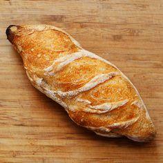 M-am născut mediocru. Nu-s nici prea frumos, nici prea urât, nici prea înalt, dar nici prea scund, nici gras, nici slab, nici vorbăreţ, nici tăcut, nici bo My Recipes, Bread Recipes, Dessert Recipes, Desserts, Bread Packaging, Romanian Food, Baked Goods, Food And Drink, Homemade