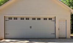project curb appeal: garage door before and after! this is the before!!