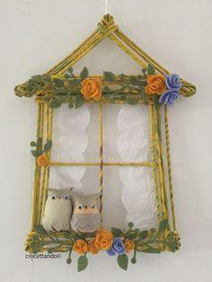 Gufetti alla finestra. Little owls. by giuseppina ceraso crocettando https://crocettando.wordpress.com/2017/01/27/gufetti-alla-finestra/