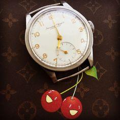 "Rare 1930's IWC cal. 83 ""Calatrava"" with soon #forsale @ #iconicpieces_com #iwc #cal83 #calatrava #portugieser #rarewatch #menswatch #vintagewatch #hodinkee #longines #patekphilippe #omega #internationalwatchcompany #patek96 #militarywatch #louisvuitton #dresswatch #orologiepassioni #vintagefinds #iconicpieces #vintage #ellegance #classicwatch"