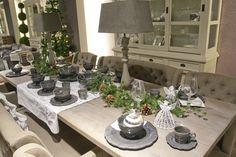 Een prachtige tafel opgemaakt in de Rivièra Maison kerstsfeer.