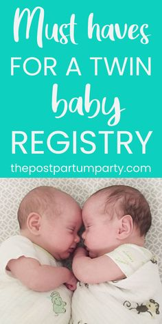 Carrying twins? Here are my must-haves for a twin baby registry! Learn how we slept, fed, and played with our little guys—and all the gear you need (and don't need) on your list when you're expecting twin babies! Baby Registry Checklist, Baby Registry Must Haves, Baby Registry Items, Second Baby, First Baby, Baby Hacks, Mom Hacks, Baby Tips, Newborn Schedule