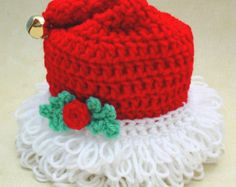 THIS IS A DOWNLOAD CROCHET PATTERN ONLY - NO THE ACTUAL ITEM  PA950 - Holiday CD Coasters Crochet Pattern  Coasters are fun way to decorate your home during the holidays and the Holiday CD Coasters Crochet Pattern make it easy to get it done. Choose from seven holiday patterns so you are covered all year long with fun holiday crochet. This pattern is a beginner crochet skill level and easy to make. Each coaster has a CD sandwiched in the middle for a durable finished item.  Original Design…