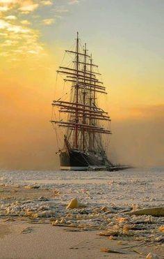 Sailing dusk