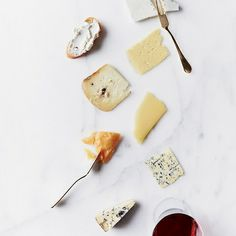 9 of the Best Wine and Cheese Pairings Ever - Hungry Crowd | Food & Wine