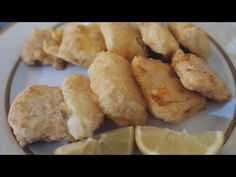 Salt cod - Tricks for perfect fried fish (crunchy, tasty and light) My Favorite Food, Favorite Recipes, Fried Fish, Sweet And Salty, Cod, Kitchenaid, Food And Drink, Potatoes, Tasty