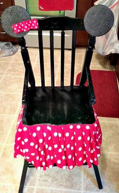 I would totally make this for my niece,could be her birthday chair.