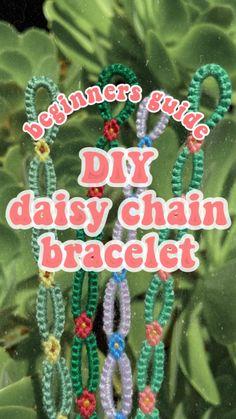 Diy Crafts Jewelry, Fun Diy Crafts, Bracelet Crafts, Summer Crafts, Diy Friendship Bracelets Tutorial, Diy Friendship Bracelets Patterns, Bracelet Tutorial, Diy Bracelet Designs, Diy Bracelets Patterns