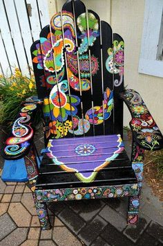 Gypsy home decor The post Hand painted chair. Gypsy home decor… appeared first on Home Decor Designs . Hand Painted Chairs, Funky Painted Furniture, Cool Furniture, Outdoor Furniture, Furniture Ideas, Garden Furniture, Painted Tables, Decoupage Furniture, Hardwood Furniture