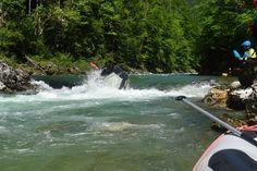 jumping raft #salza #rafting Rafting, Deep, Niagara Falls, Adventure, Nature, Outdoor Adventures, Trench, Campsite, Naturaleza