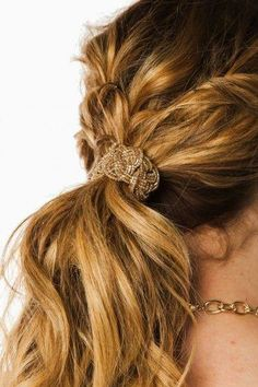 Glisten Beaded PonyTie - Hairstyles and Beauty Tips