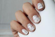 amusing: Newspaper Nails