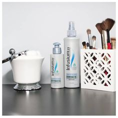Morning prep made easy: Use one (or both!) of our Moisture Replenisher Leave-In Treatments for radiant hair all day long!