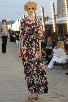 Chanel Resort 2010 Collection Photos - Vogue