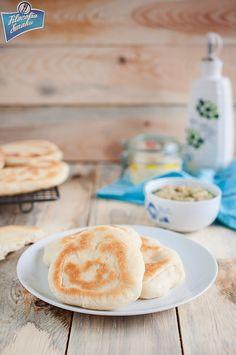 Smażone chlebki (tiganopsomo)