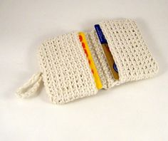 Crocheted card wallet - no link to pattern, gonna try and figure out on my own.