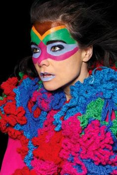 Bjork~ beauty inside & out, she's got music in her veins!!