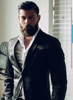 60 Professional Beard Styles For Men - Business Focused Facial Hair Great Beards, Awesome Beards, Beard Styles For Men, Hair And Beard Styles, Professional Beard Styles, Bart Styles, Barba Grande, Beard Humor, Beard Lover