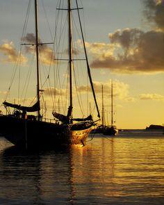 Black Pirate Ship